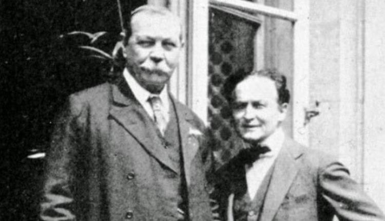 Arthur Conan Doyle et Houdini